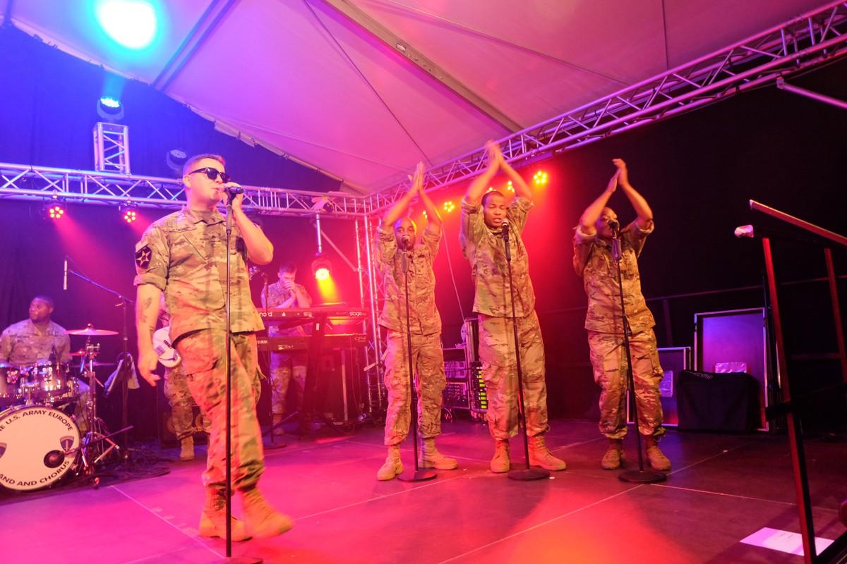 Army-Band-Winzerfest (26)