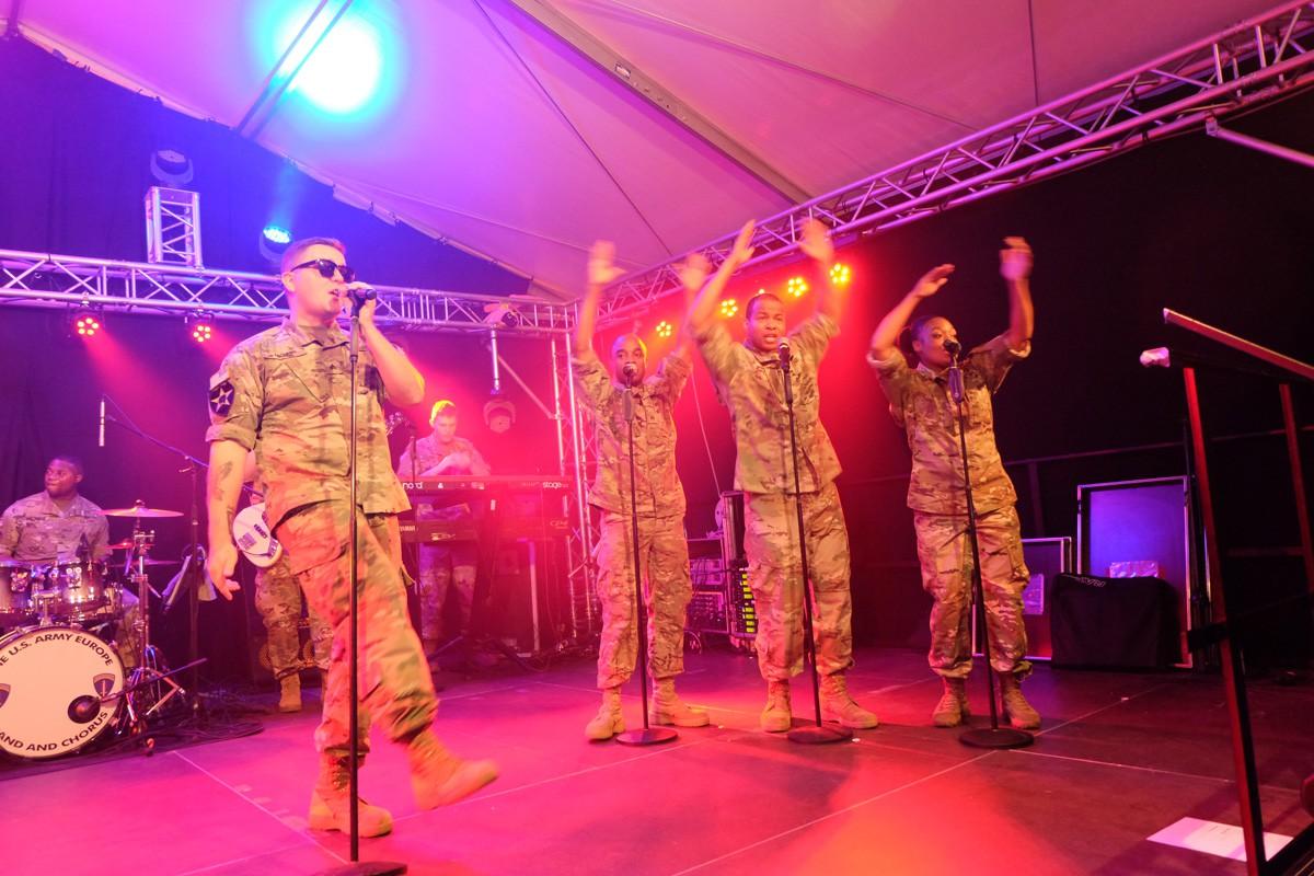 Army-Band-Winzerfest (27)