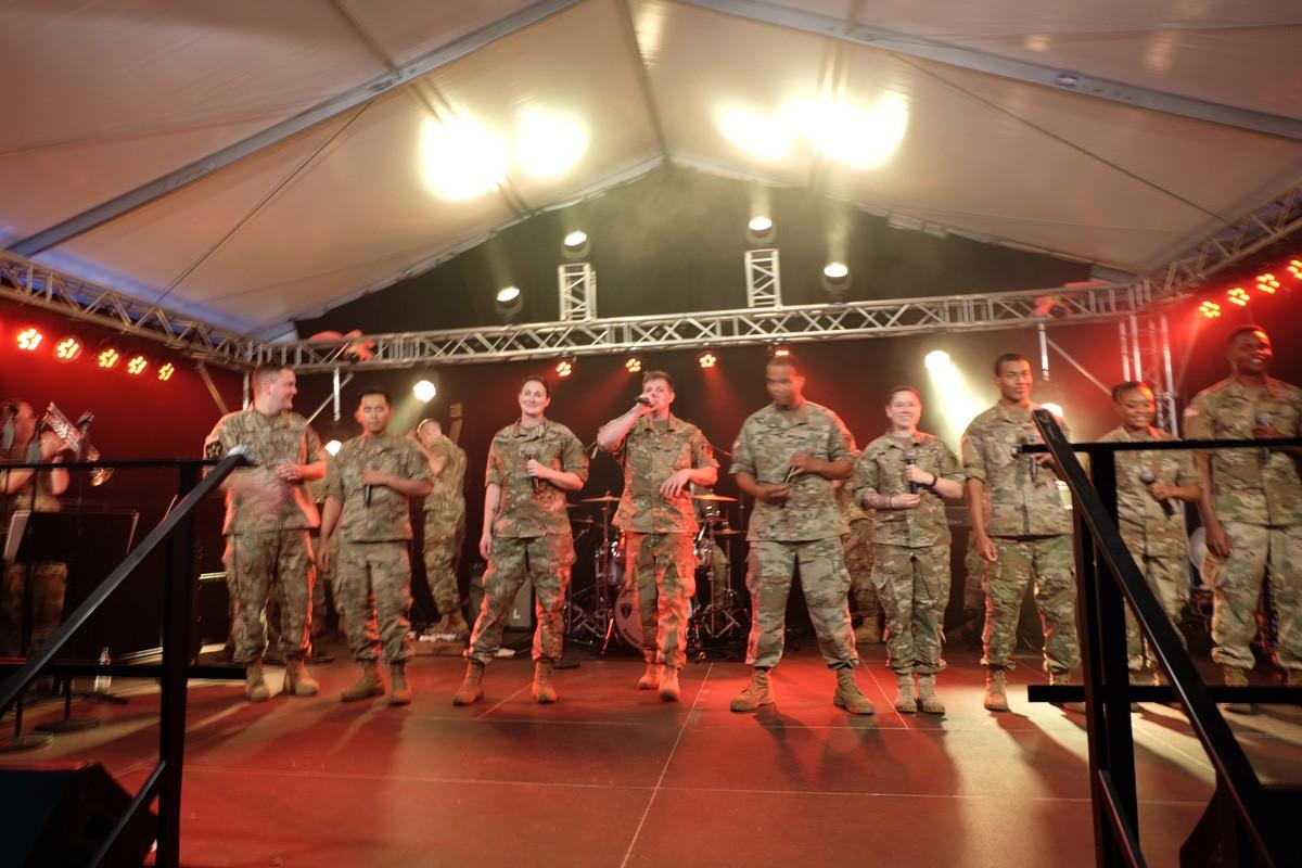 Army-Band-Winzerfest (3)