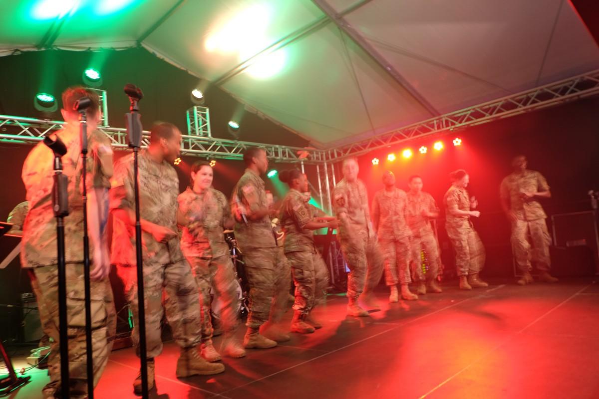 Army-Band-Winzerfest (4)