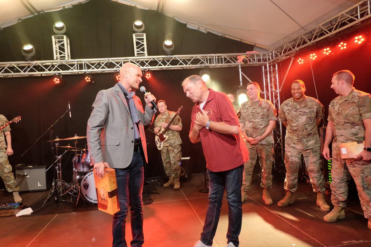 Winzerfest-US-Armyband (54)