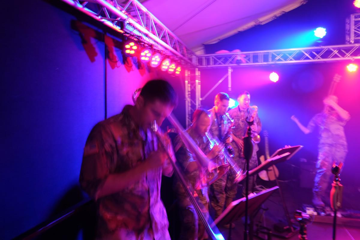 Winzerfest-US-Armyband (68)