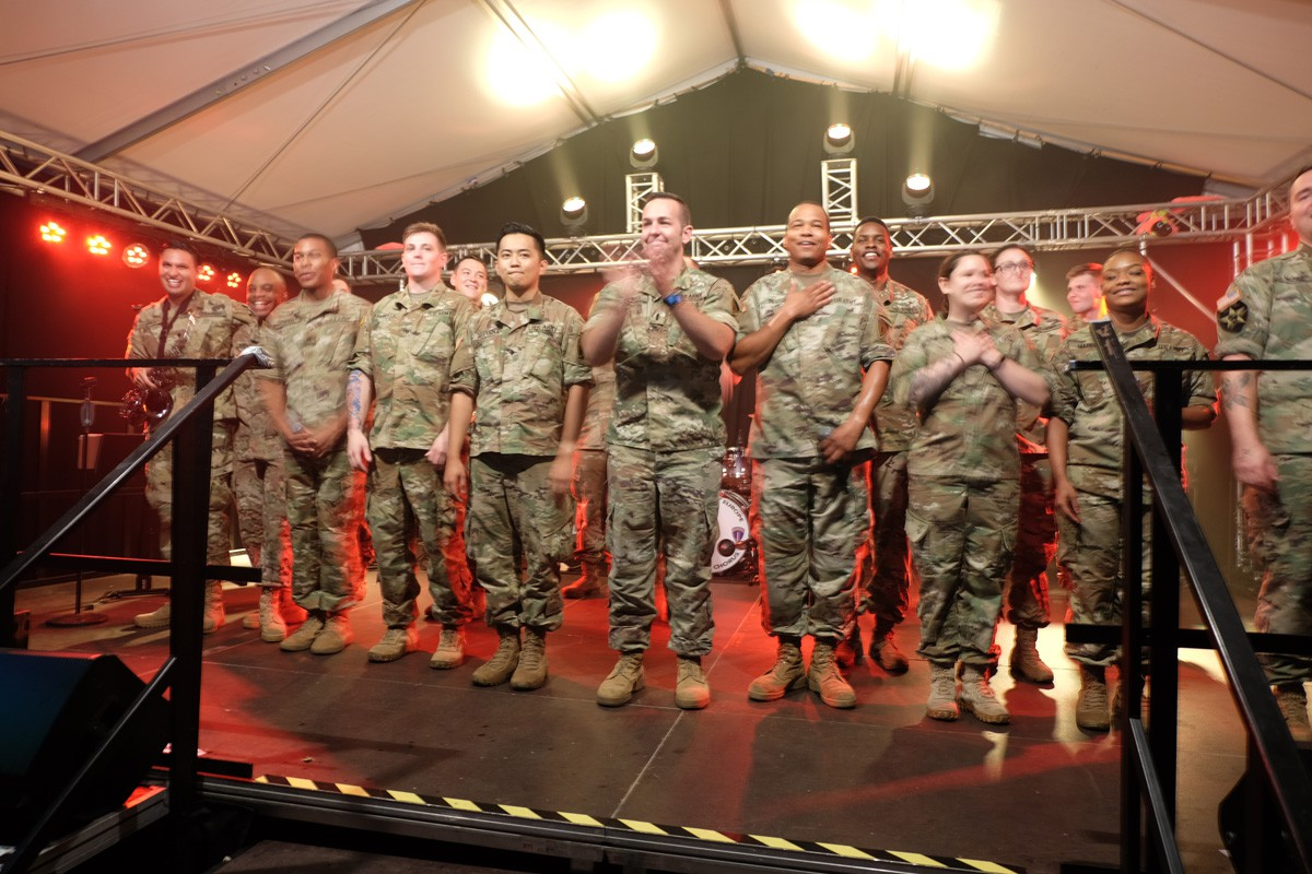 Winzerfest-US-Armyband (91)