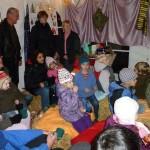 Geschichten für Große und Kleine auf dem Weihnachtsmarkt