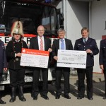Volksbank und Sparkasse unterstützen die Feuerwehr
