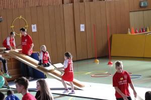 2013-10-22 - BHV-PI - Handball begeistert 2. Klässler - Foto 1