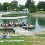 Musikverein Stadtkapelle beim Sommer-Sonne-Strand-Konzert