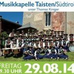 Musikkapelle Taisten, Südtirol spielt auf dem Winzerfest.