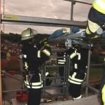 Feuerwehr Wiesloch mit der Drehleiter in Tairnbach zu Gast