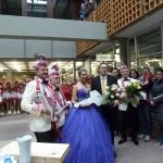 Karnevalsprinzessin macht Stimmung im Rathaus