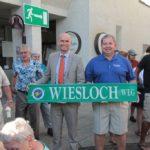 Delegation aus Sturgis im Wieslocher Rathaus – Eintrag ins Goldene Buch