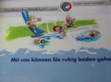Fliesenschaden im Schwimmerbecken des AQWA