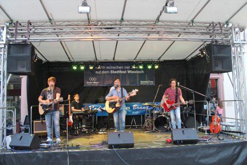 Cool Breeze & Band
