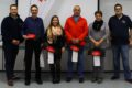 Glückliche Gewinner beim Roten Kreuz