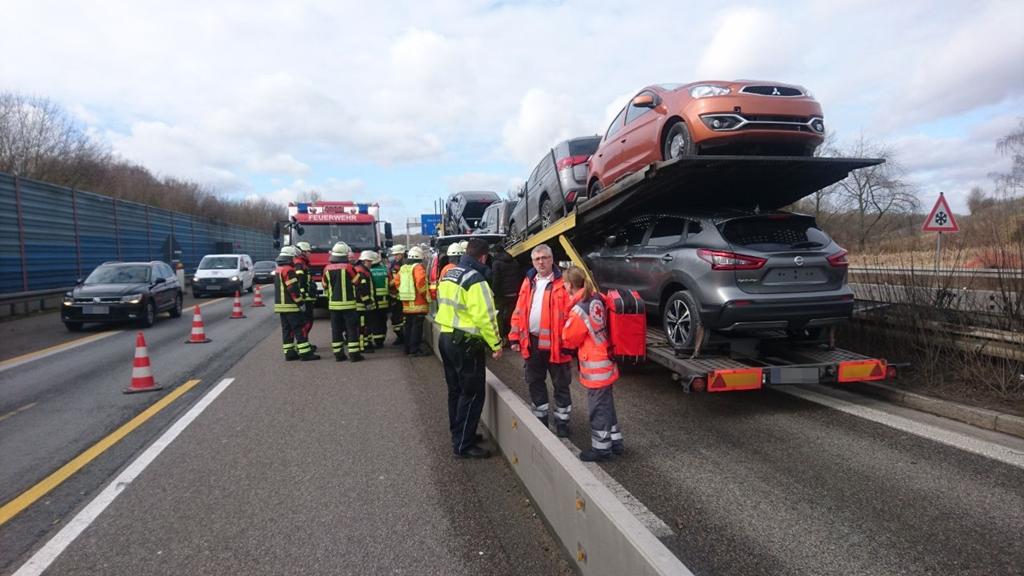 Verkehrsunfall-Bericht von Feuerwehr und Polizei - WiWa-Lokal ...
