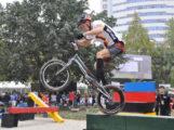 Fahrradtrial-Athlet Noah Sandritter aus Wiesloch trainiert in Schweden