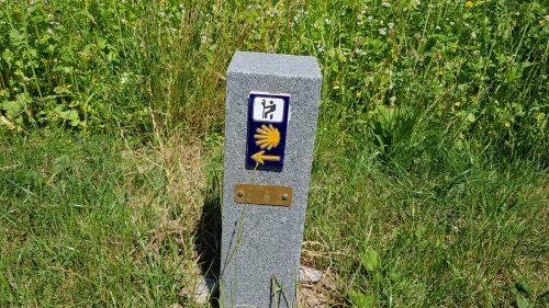 Zeichen am Wegesrand - Jakobsweg