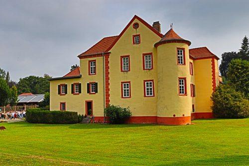 Wasserschloss in Schatthausen