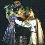 Jamila aus 1001 Nacht auf der neuen Bühne des Marionetten Theaters