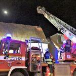 Dachstuhlbrand – Berichte von Feuerwehr und Polizei