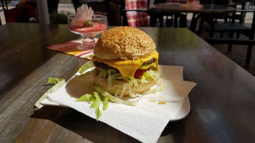 Der wohl beste Hamburger bzw. Cheeseburger der Welt