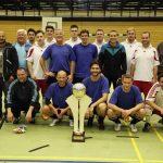 Wanderpokal des Behördenfußballturniers steht jetzt in Heidelberg