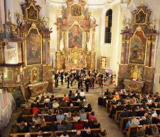 Weihnachtskonzert des Ottheinrich-Gymnasiums in St. Laurentius
