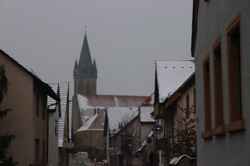 Schnee auf den Dächern Rauenbergs