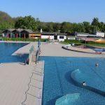 Noch freie Plätze für das Freibad WieTalBad in Wiesloch