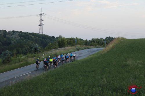 Rennradfahrer in Schatthausen