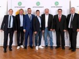 Wiesloch: Dirk Hofer bei Club 100 Ehrung gewürdigt