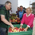 Walldorf: Apfelsafttag am 21.09. mit großem Zuspruch – sechs Tonnen Äpfel geerntet