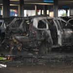 IKEA bei Walldorf: Auto brennt in Parkhaus – Eine Person verletzt