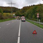 L600 bei Leimen nach schwerem Verkehrsunfall gesperrt – Frontalzusammenstoß Richtung Lingental