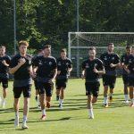 SVS-Fußballer stehen wieder auf dem Trainingsplatz