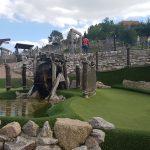 Familienausflug in Corona-Zeiten? Adventure Golf Hohenhardt in Baiertal macht es möglich!